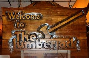Lumberjack welcome sign DSC 0795.jpg