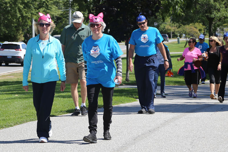 File:Windsor Superwalk 2015-2515.jpg