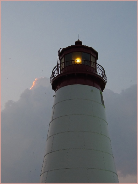 File:Light house6 12 11.jpg