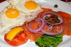 Smoked Salmon eggs onions capers toast DSC 0235.jpg
